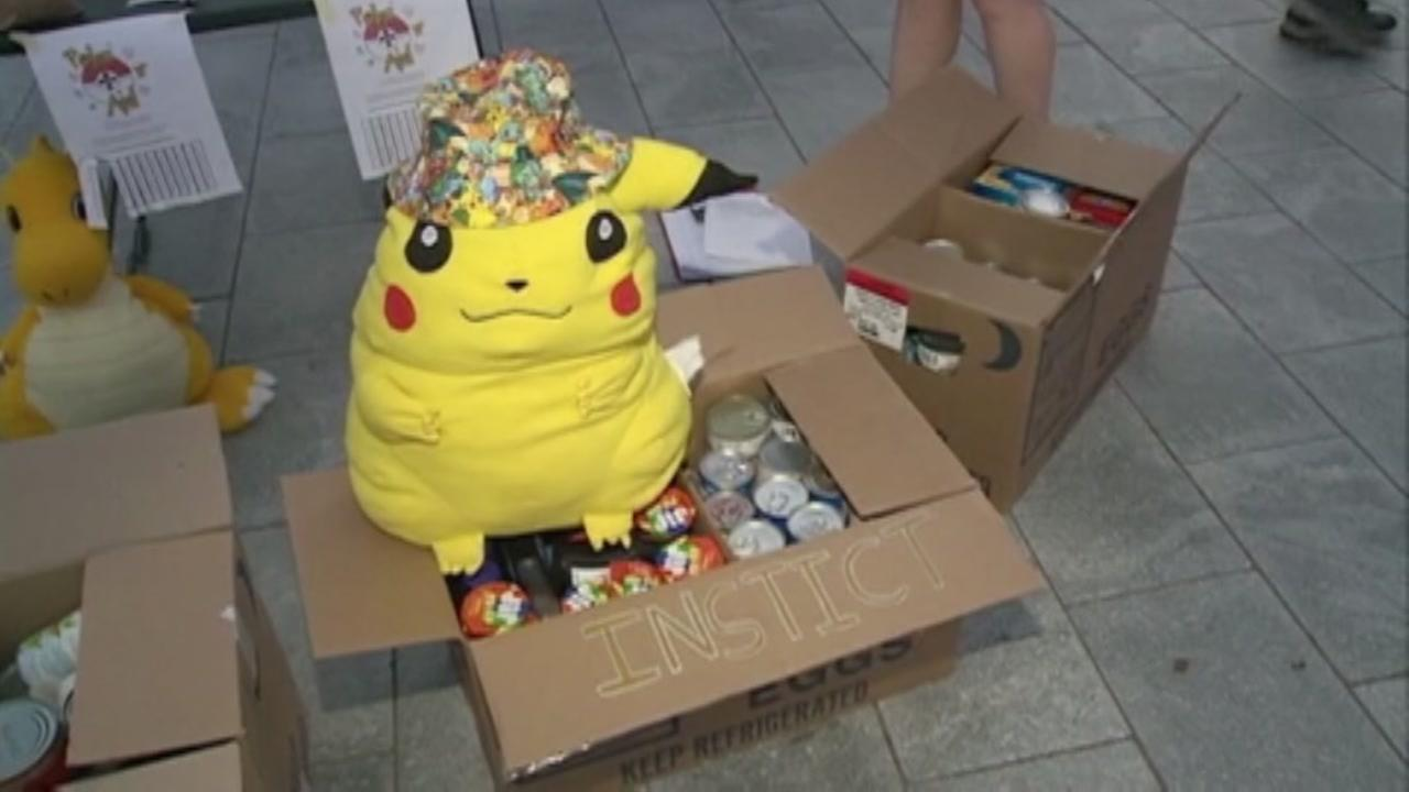 Pokemon Go players giving back