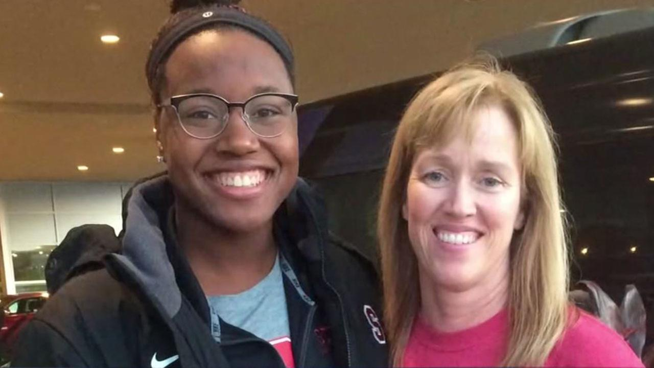 Houston swim coach taught Simone Manuel how to swim