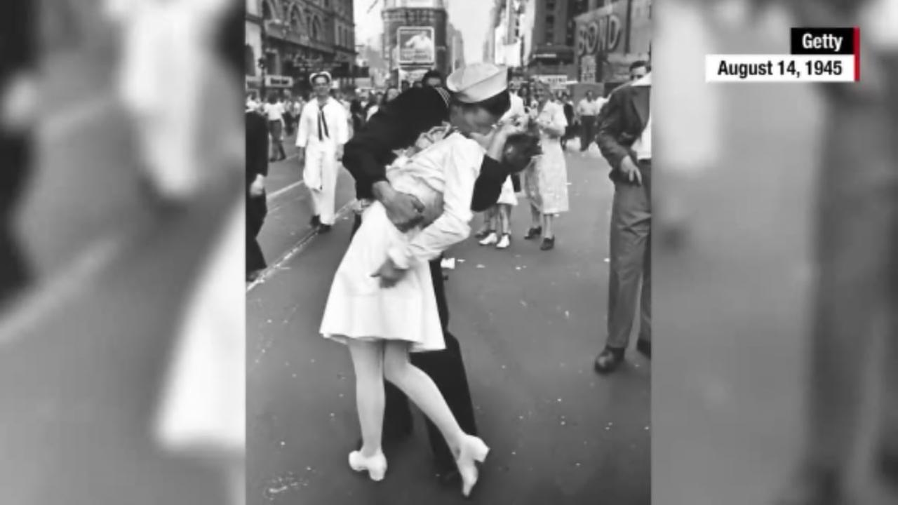 Woman in iconic WWII Times Square kiss photograph dies at 92