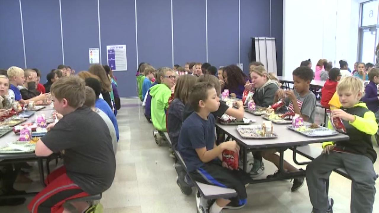 Man donates to school for overdue lunches