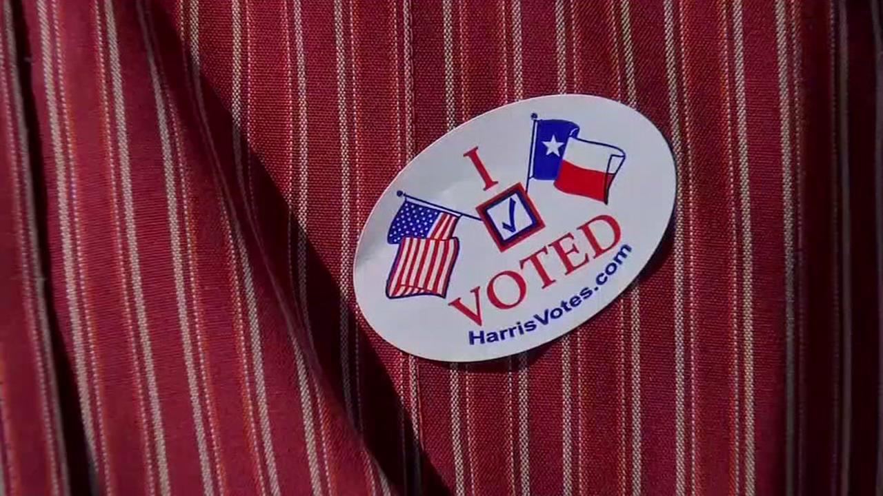 Early voting gets underway in Harris Co.