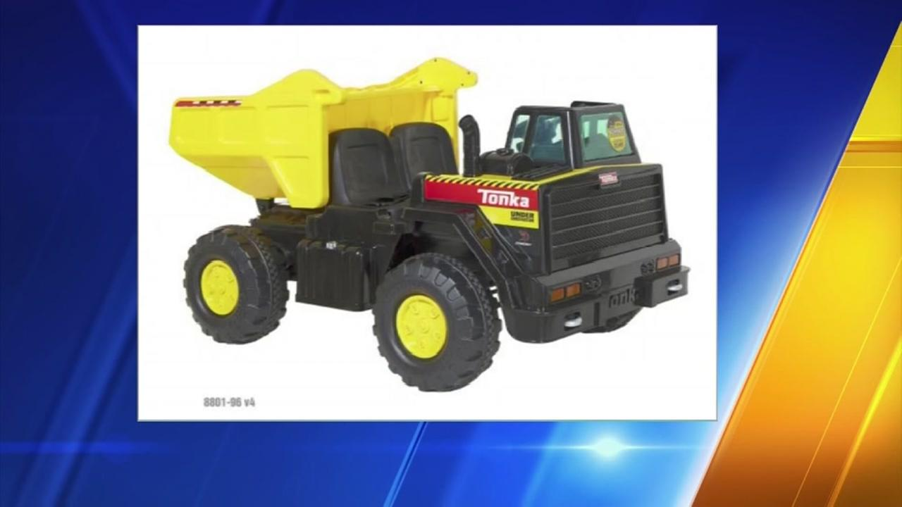 Toys R Us Pulls Dump Truck After Fire Abc13 Com