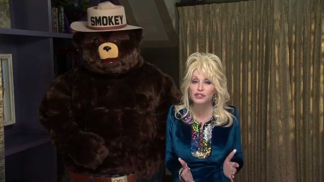 Dolly Parton addresses fire
