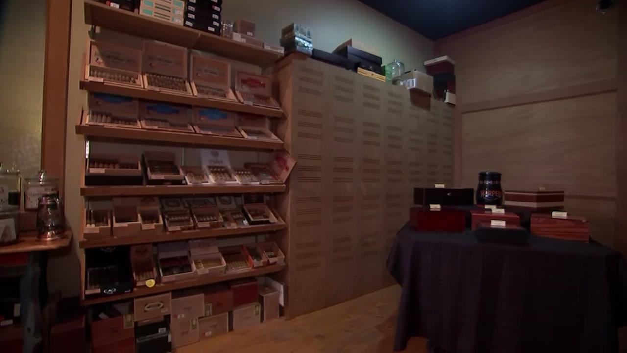 Heights Cigar Lounge