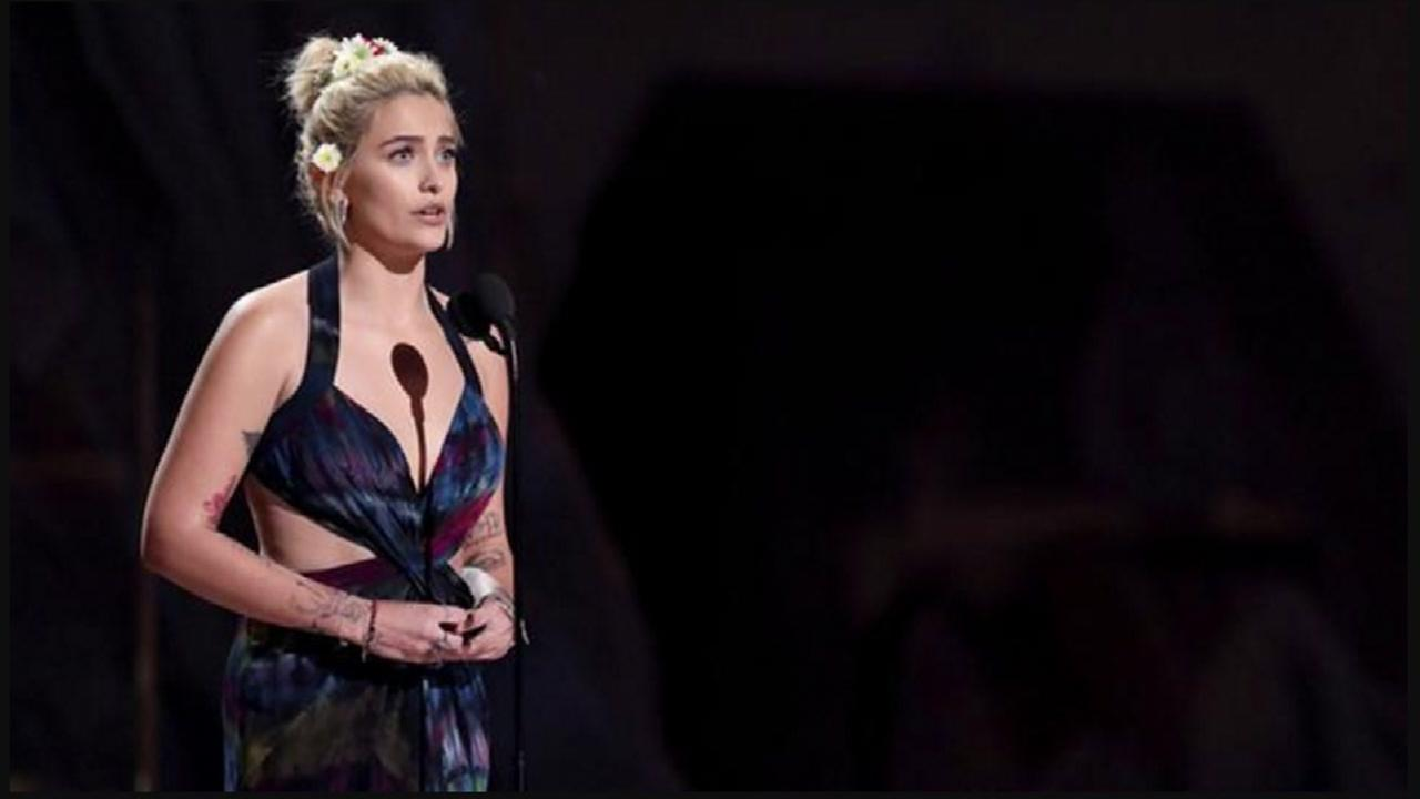 Paris Jackson changes modeling agencies