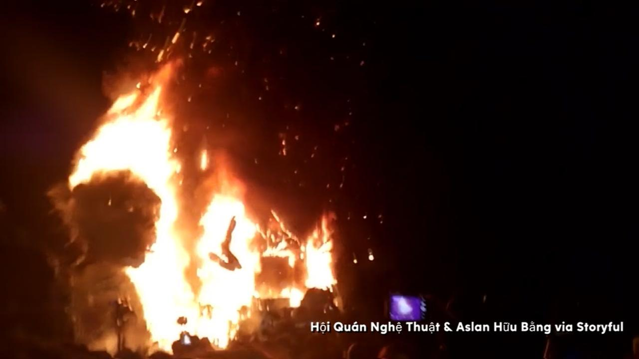 Kong goes up in flames in Viet Nam
