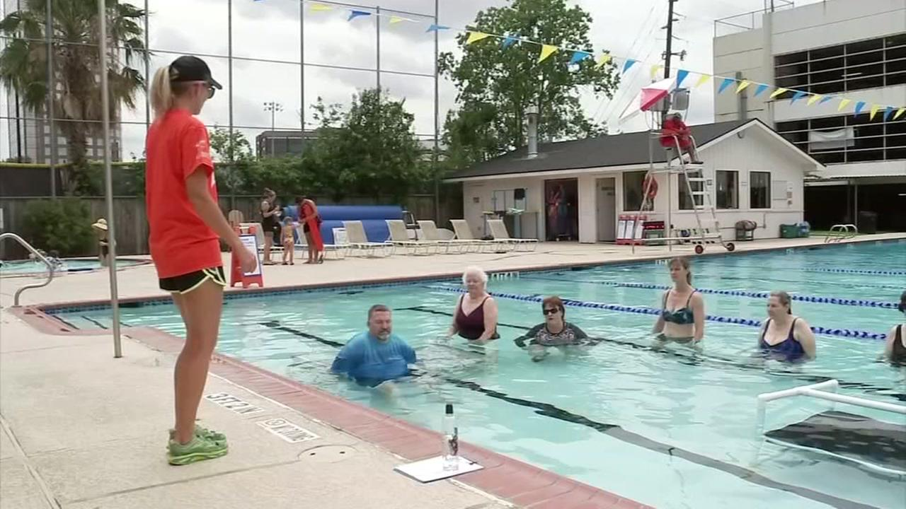 Houston pilot program uses the cool of the pool to get MS sufferers moving again