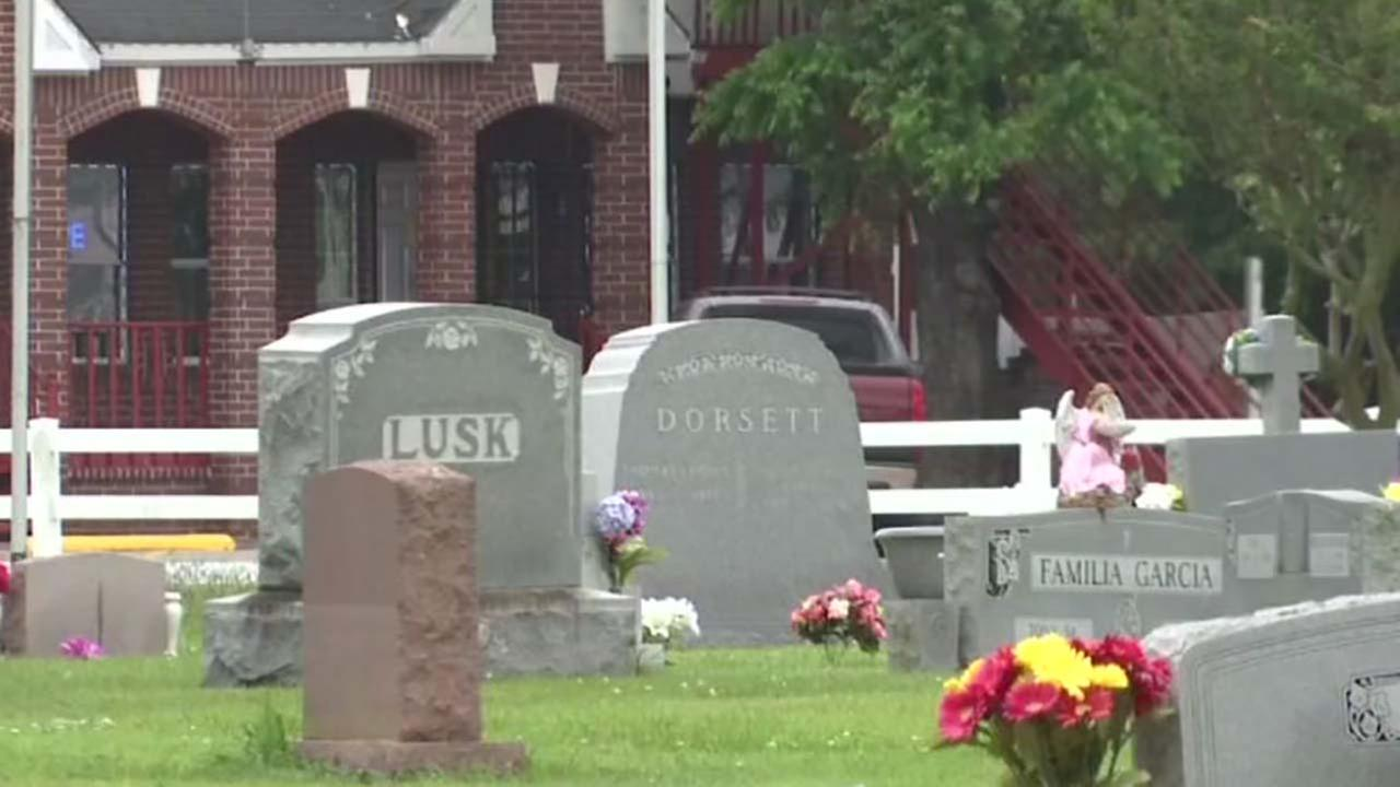 Cemetery and monument company fight about headstone