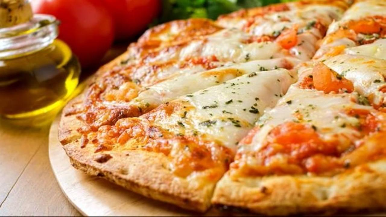 Jail inmates can order pizza to their cells