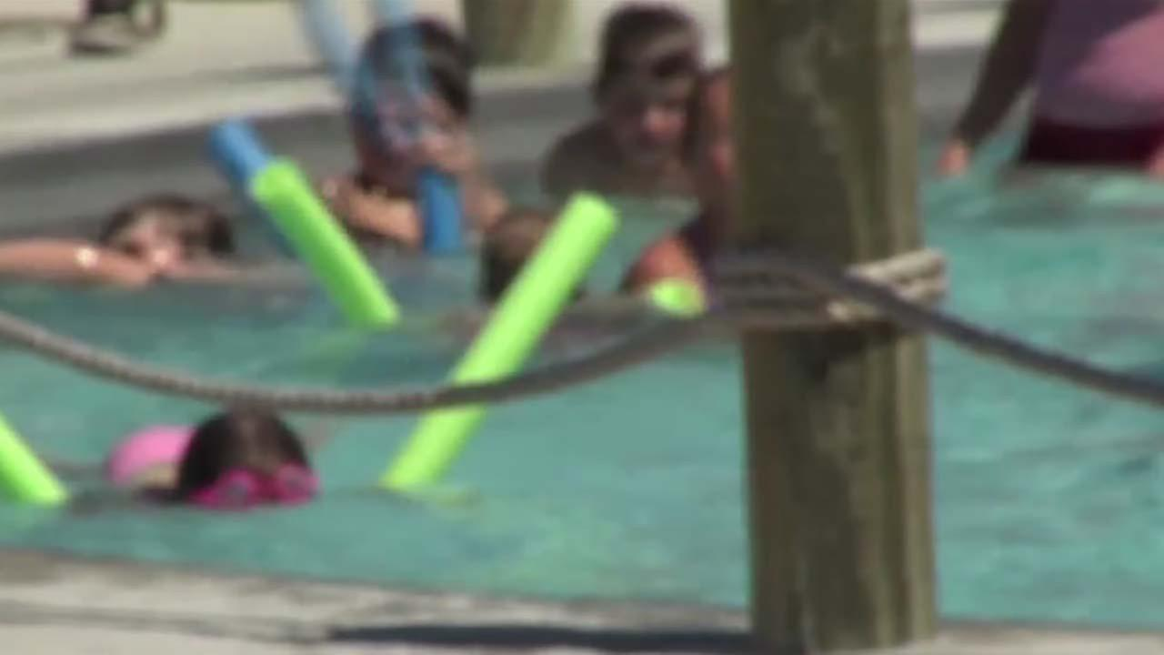 Pool swimmers urged to not swallow water
