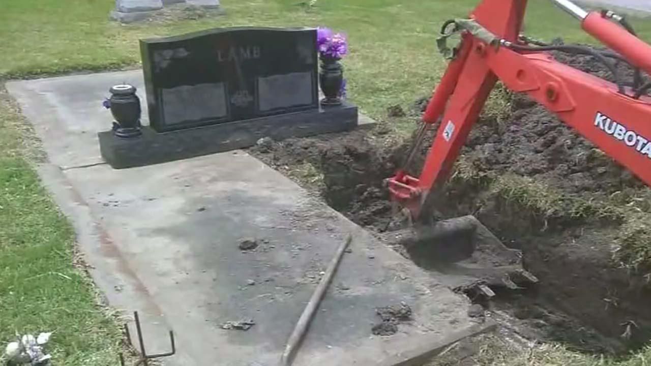 Wrong body already buried in cemetery plot disrupts funeral