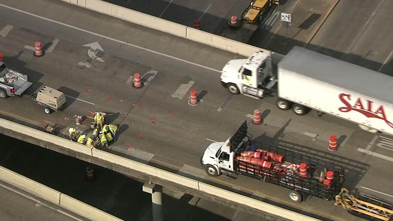 Emergency ramp repair causes slowdown during rush hour on Loop at SW Freeway