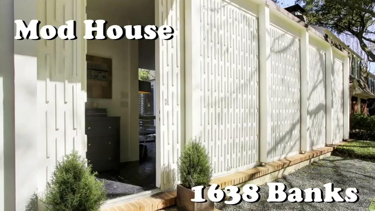 Mod house designed by architect who worked on Astrodome for sale