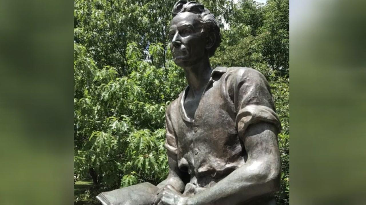 Chest-baring Babe Lincoln statue turns heads