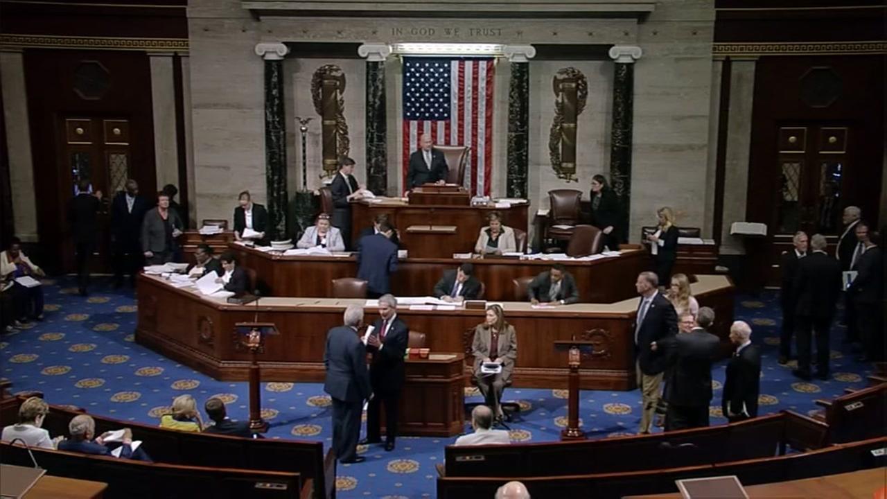 Pentagon, border wall covered in $788B House spending bill