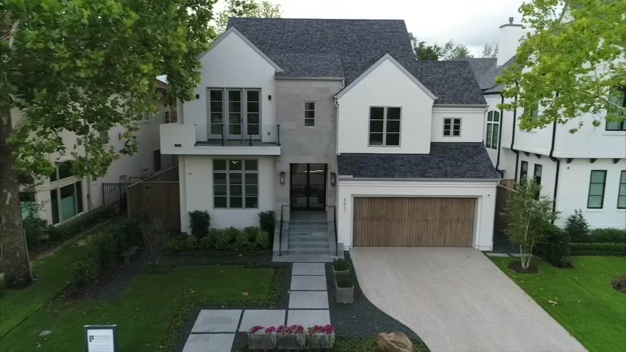 Award winning home in Bellaire, is on the market
