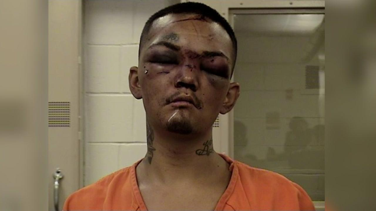 Football players leave carjacking suspect battered