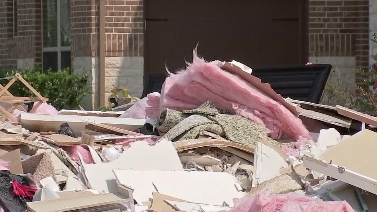 Trash and debris from Harvey makes perfect breeding ground for mosquitoes