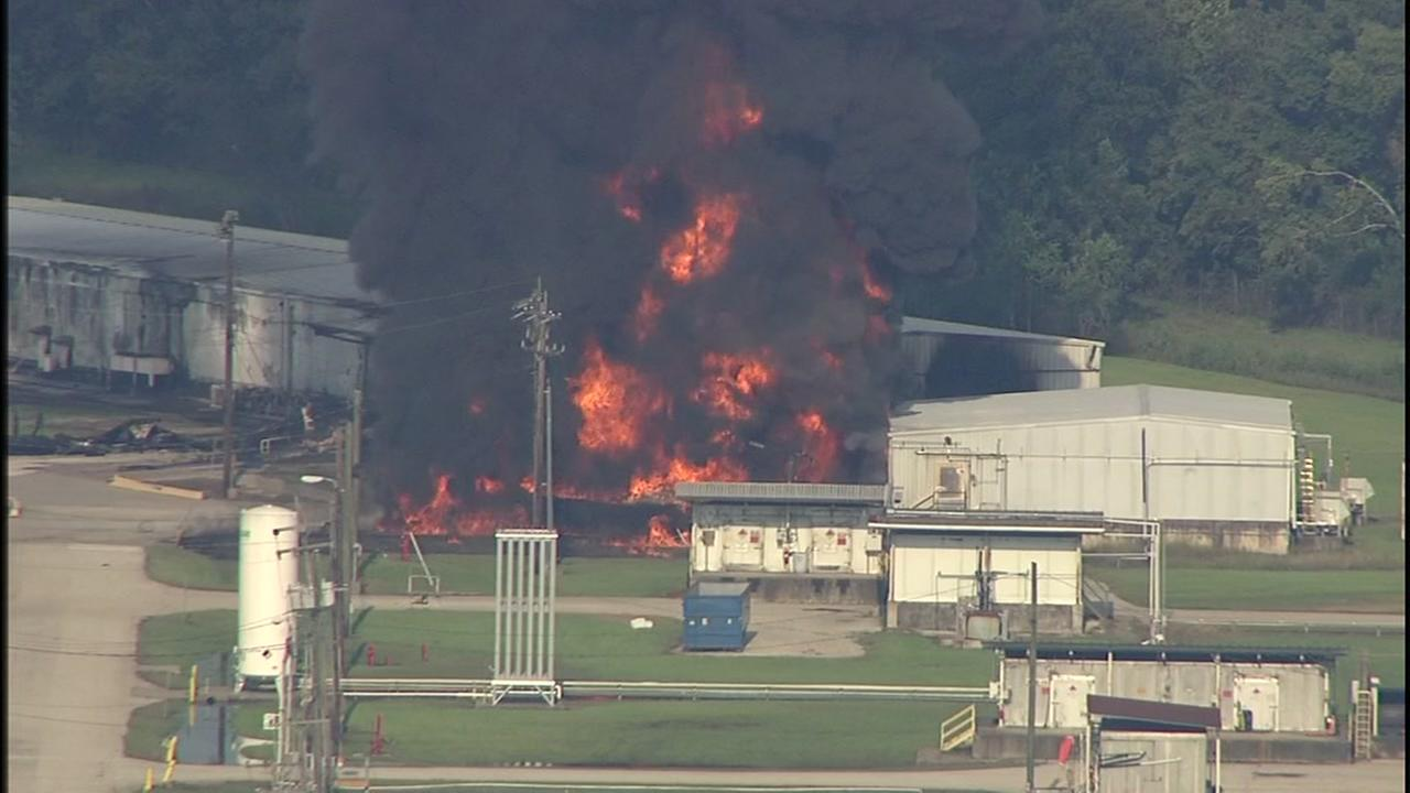 RAW: Arkema plant explodes