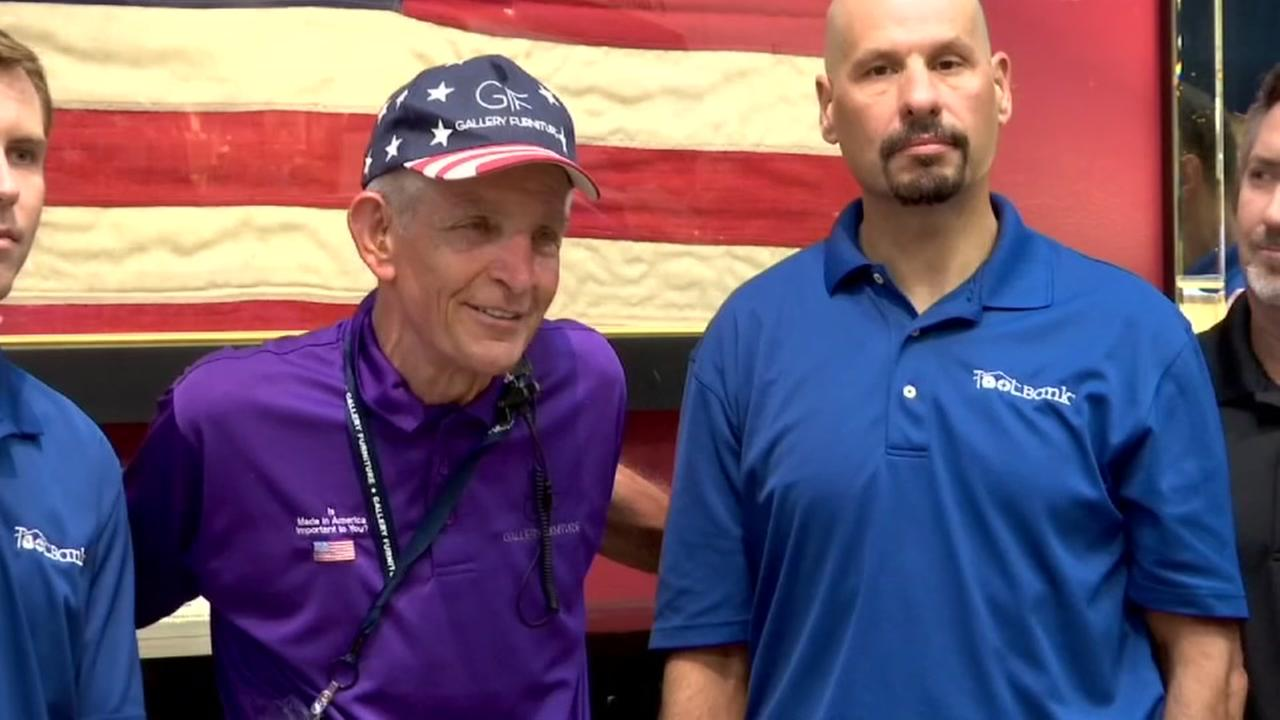 Mattress Mack hands out $80k for hurricane relief