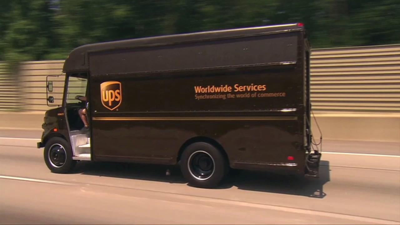 UPS hiring 95,000 for the holidays
