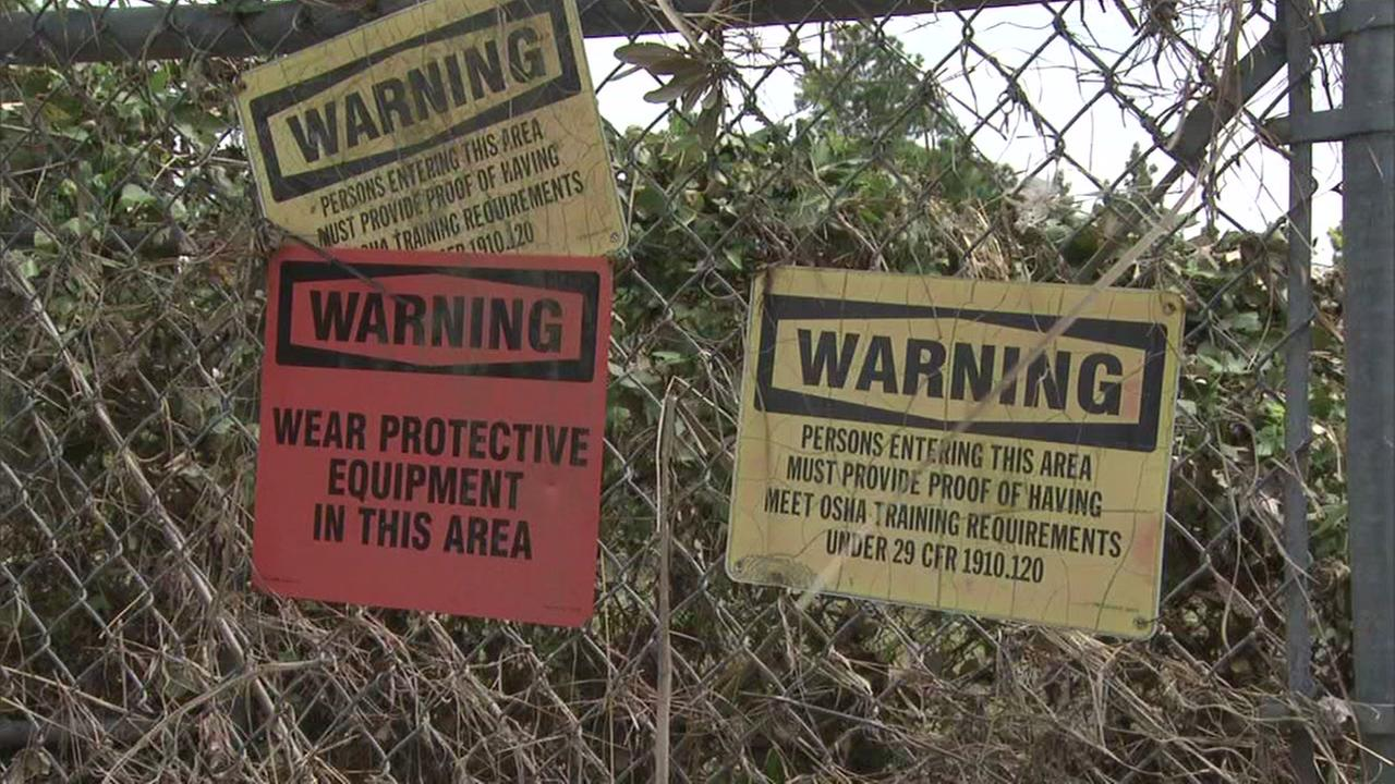 EPA removes waste at Texas toxic sites, wont say from where