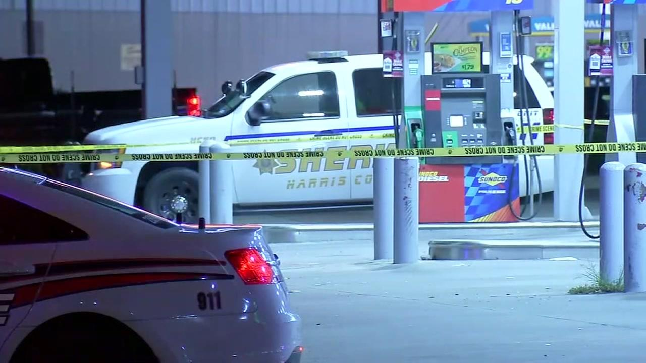 Cab driver dies after being robbed and shot