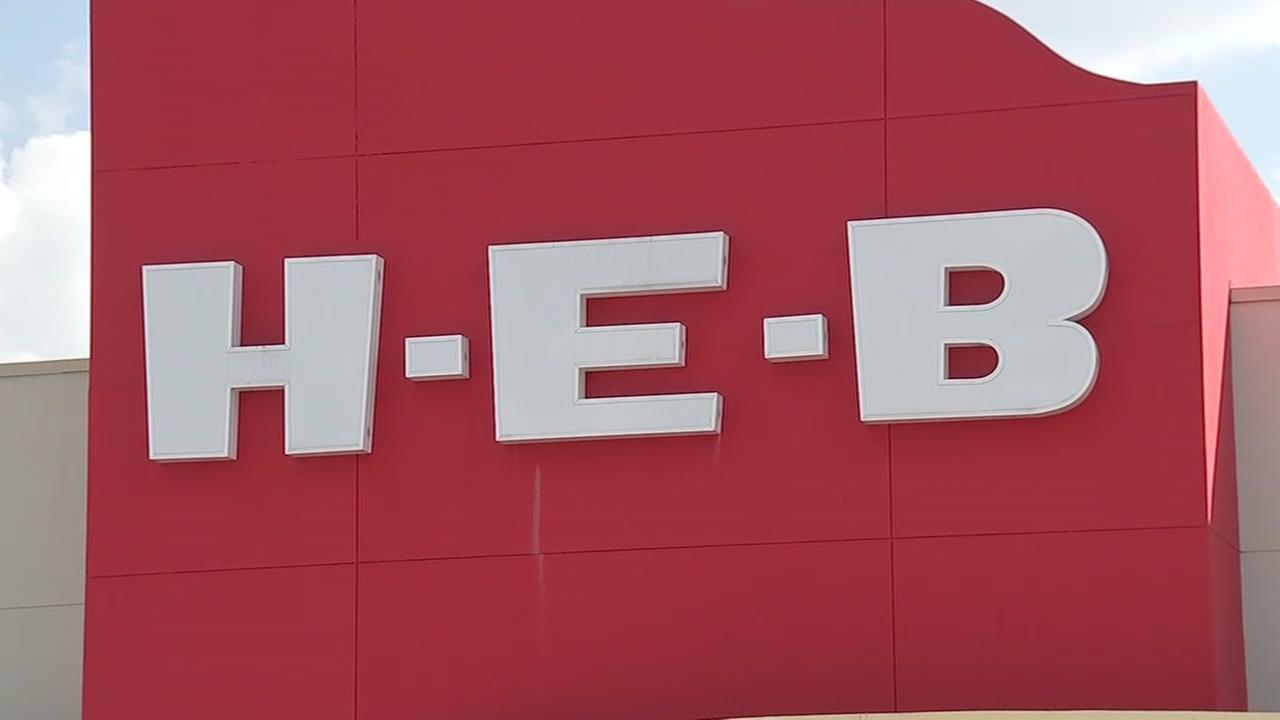 H-E-B shutters Meyerland store