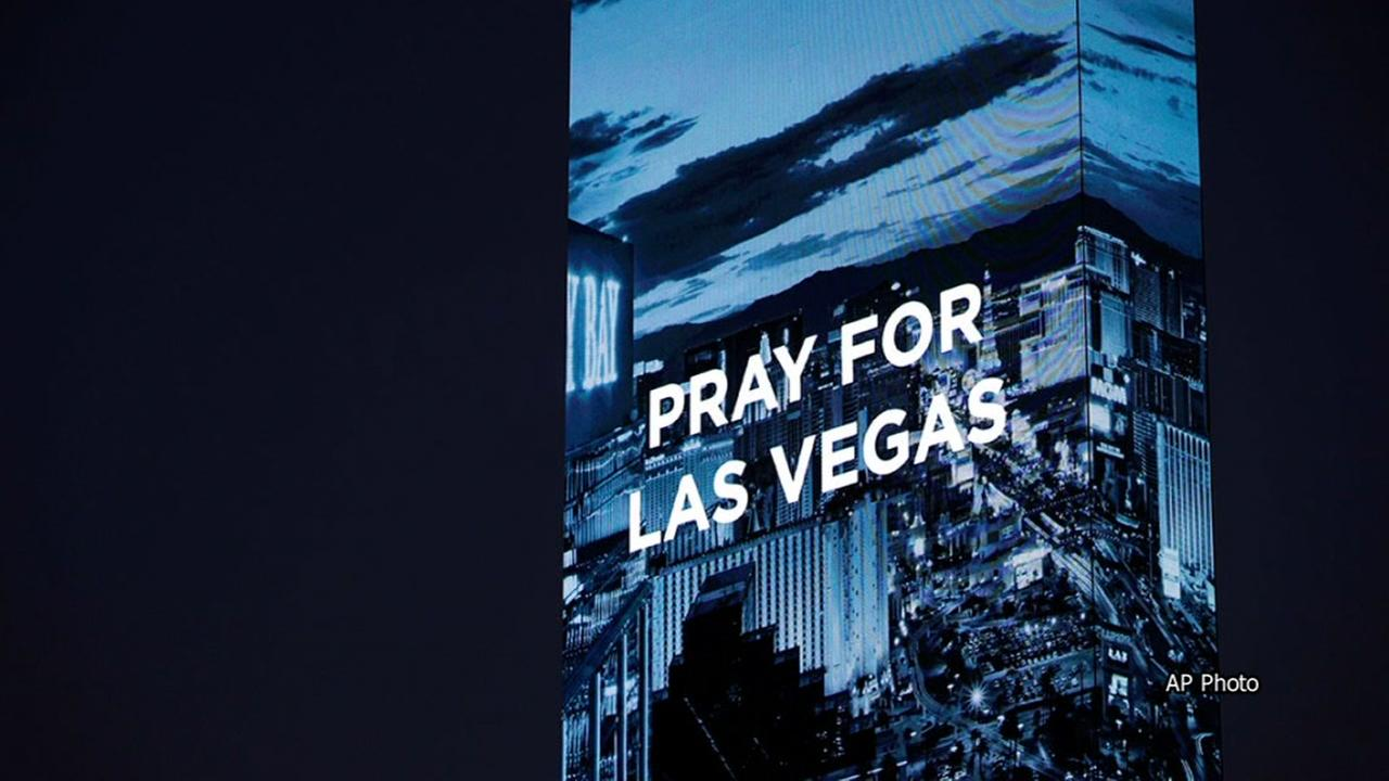 Community shows its strength in wake of Las Vegas mass shooting