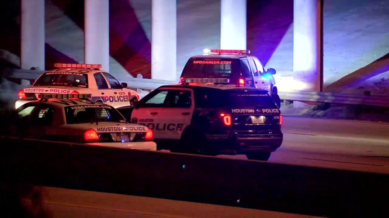 Man on motorcycle dies in deadly wreck