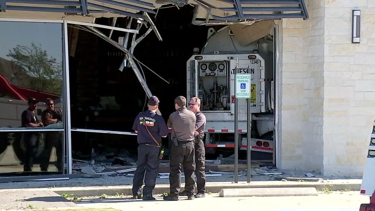 Tanker crashes into restaurant