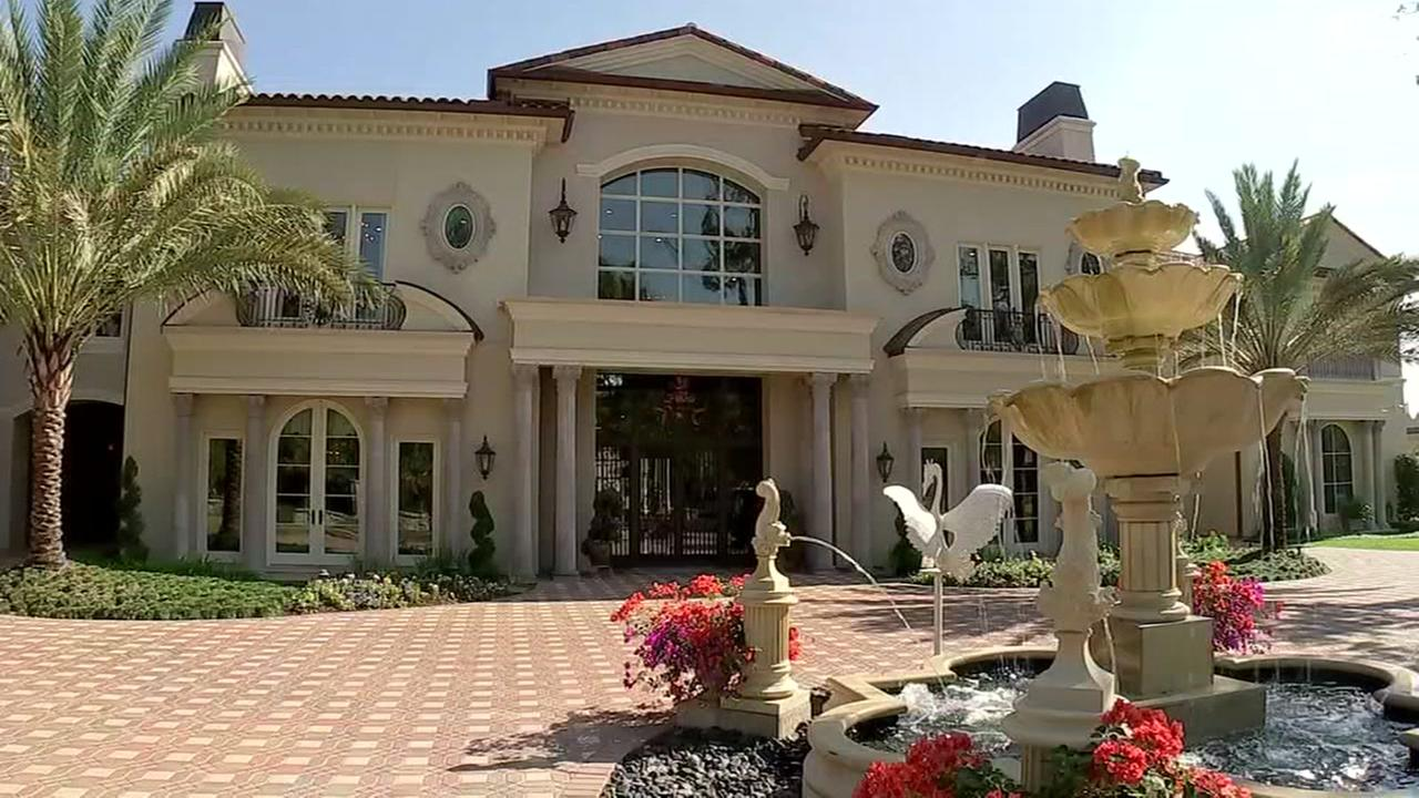 21,000 square foot home hits market in Memorial area