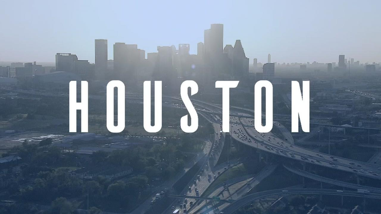 Houston touts innovation in bid to bring 50,000 Amazon jobs to town |  abc13.com