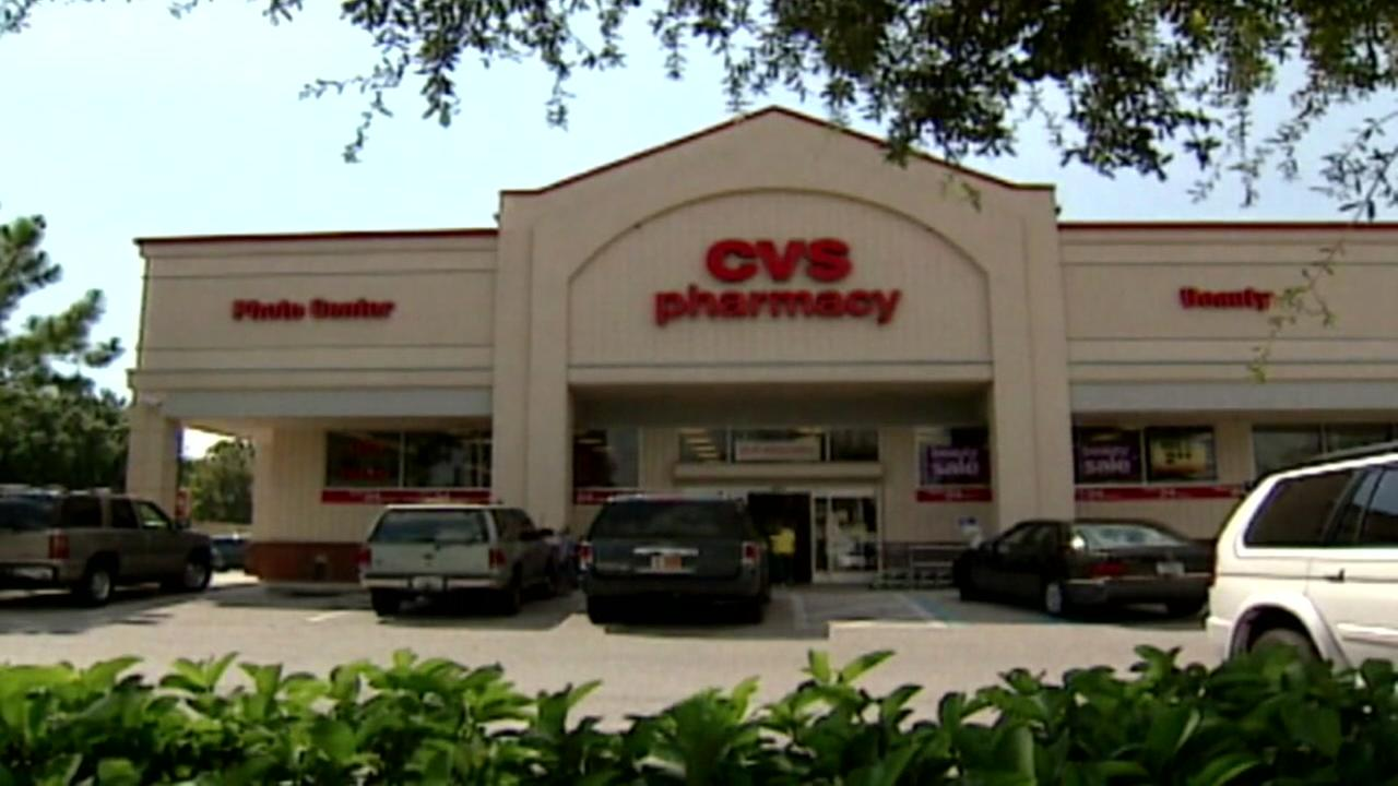 CVS to buy health insurer Aetna