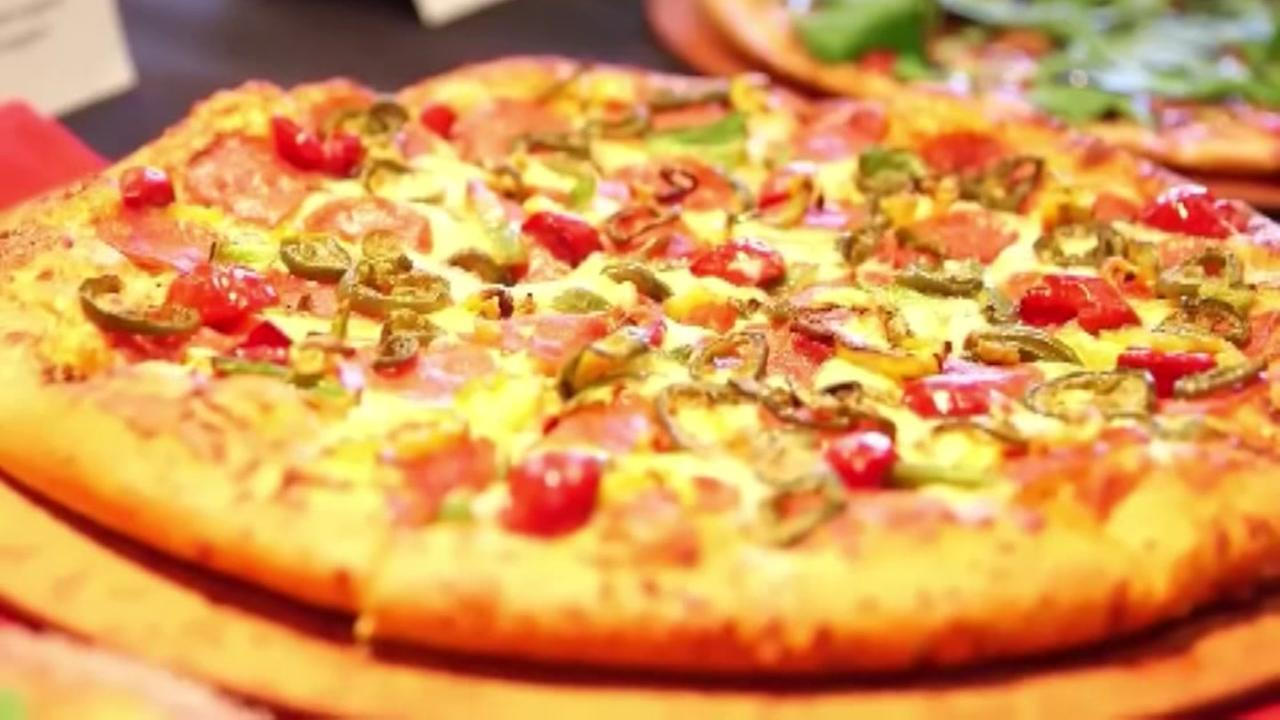 Crude joke on pizza box