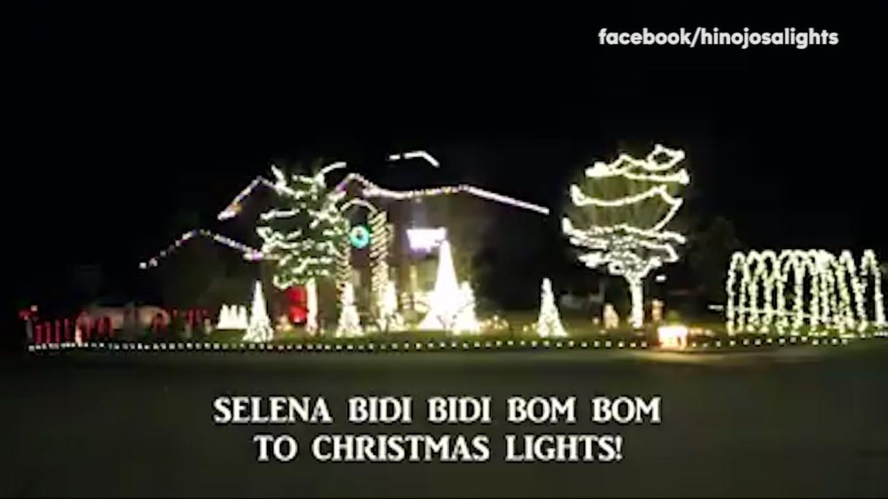 Christmas lights blink to Selena classic