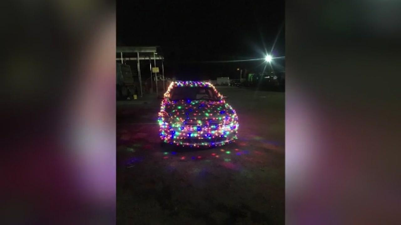 Man gets ticket for car covered in xmas lights
