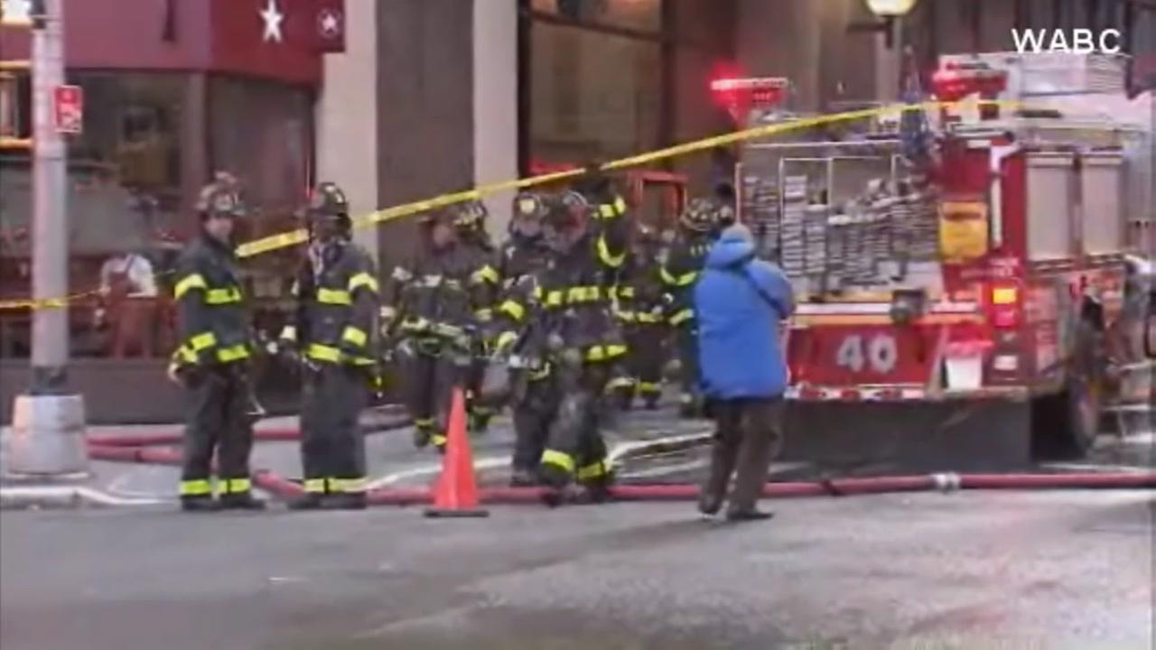 Elderly man dies in high-rise apartment fire