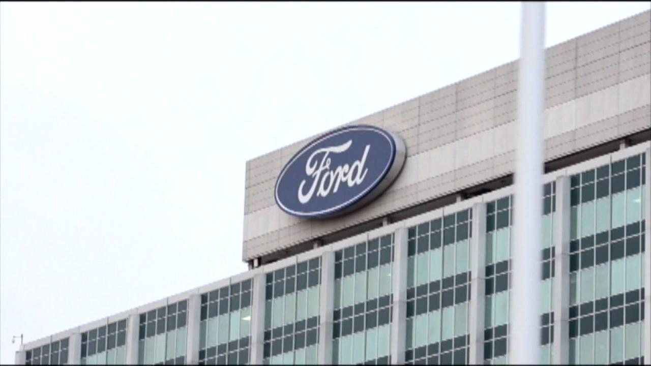 Ford issues recall over exploding air bags in Rangers
