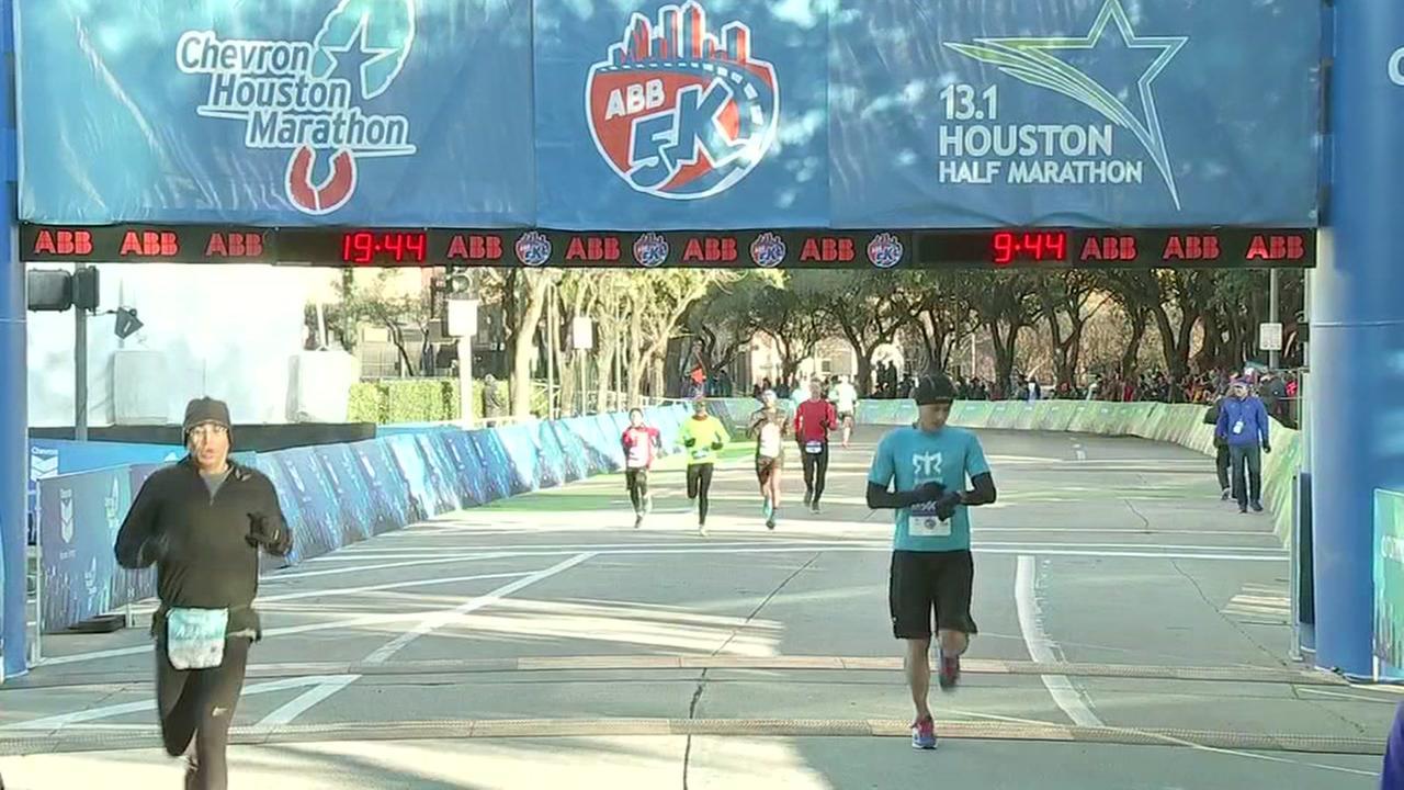 Runners finish ABB 5K race