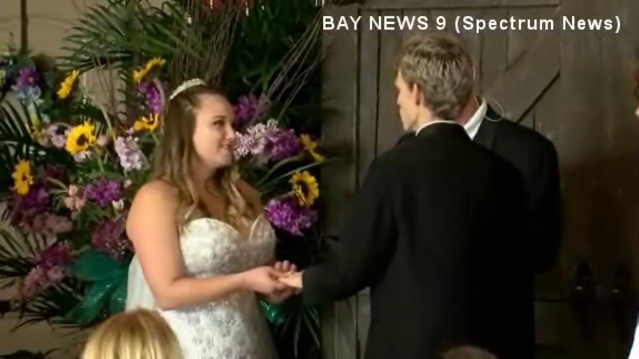 Dying teen marries high school sweetheart