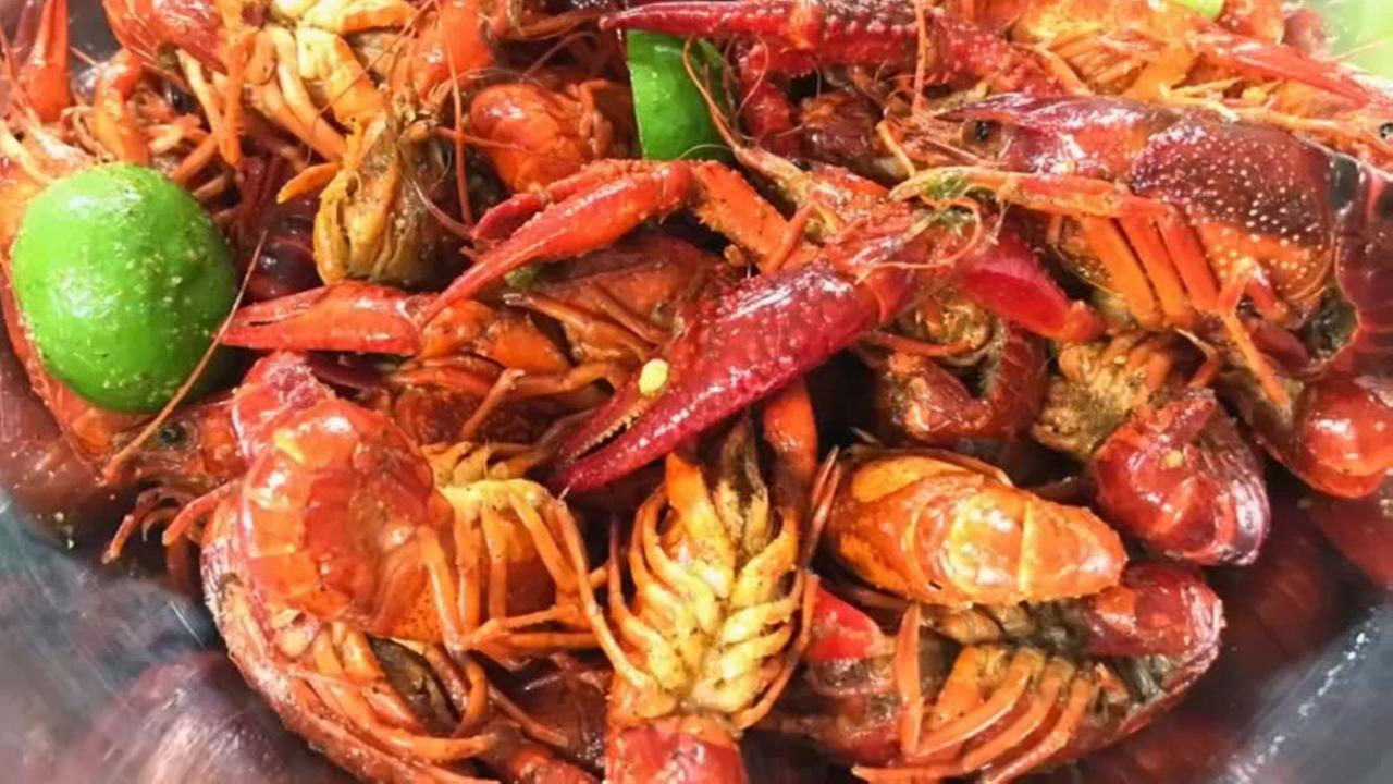 Can you survive Casian Crawfishs super spicy challenge?