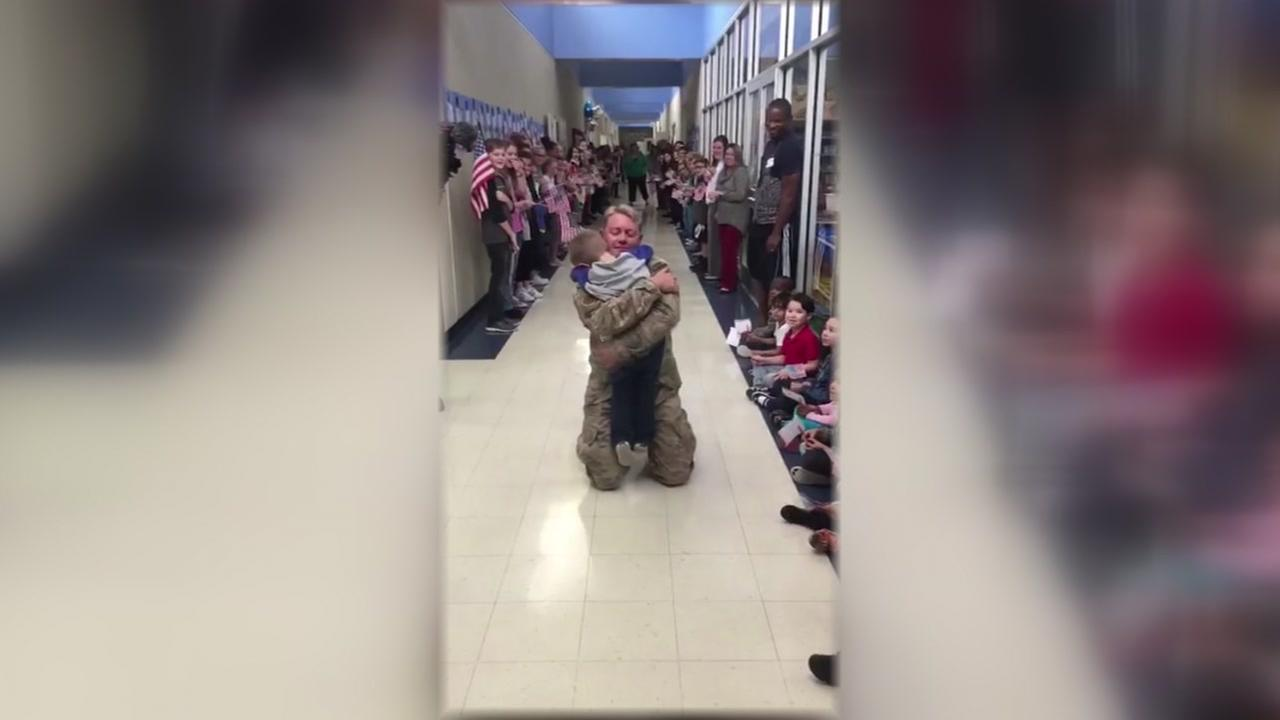 Military dad surprises son at elementary school