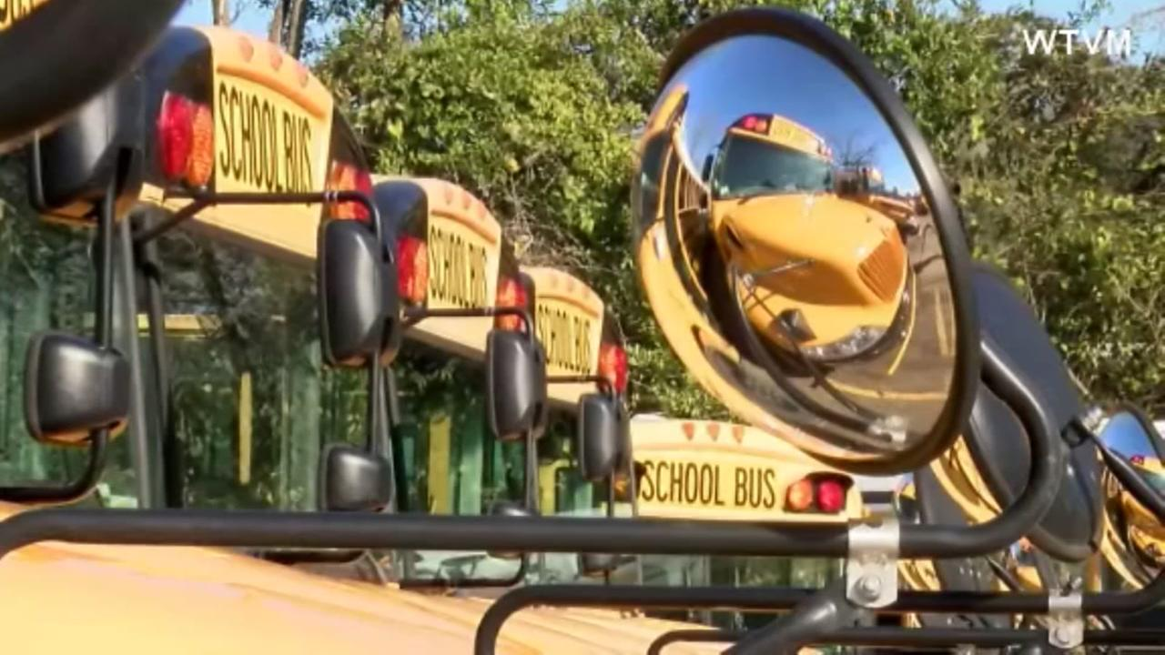 Alabama district adding wifi to school buses