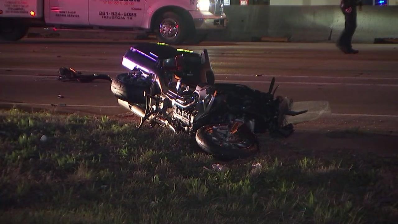 Fatal crash shuts down north freeway