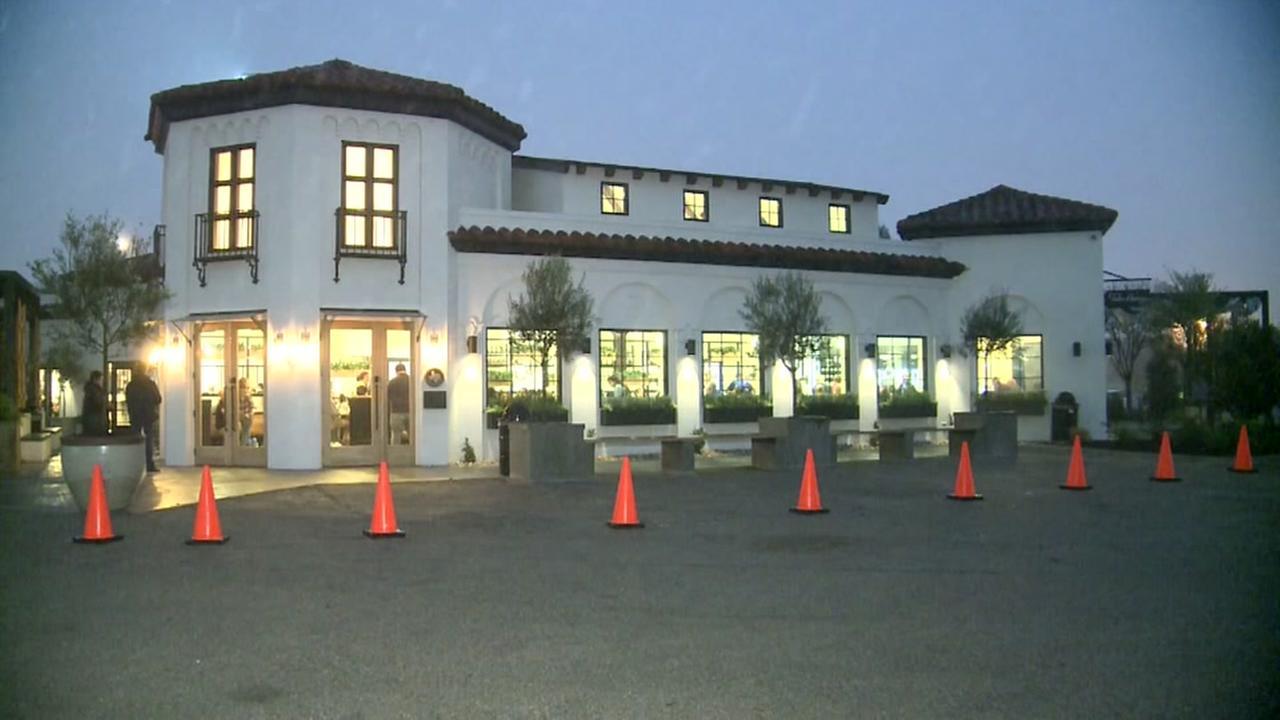 Fixer Upper stars open resaurant in Waco