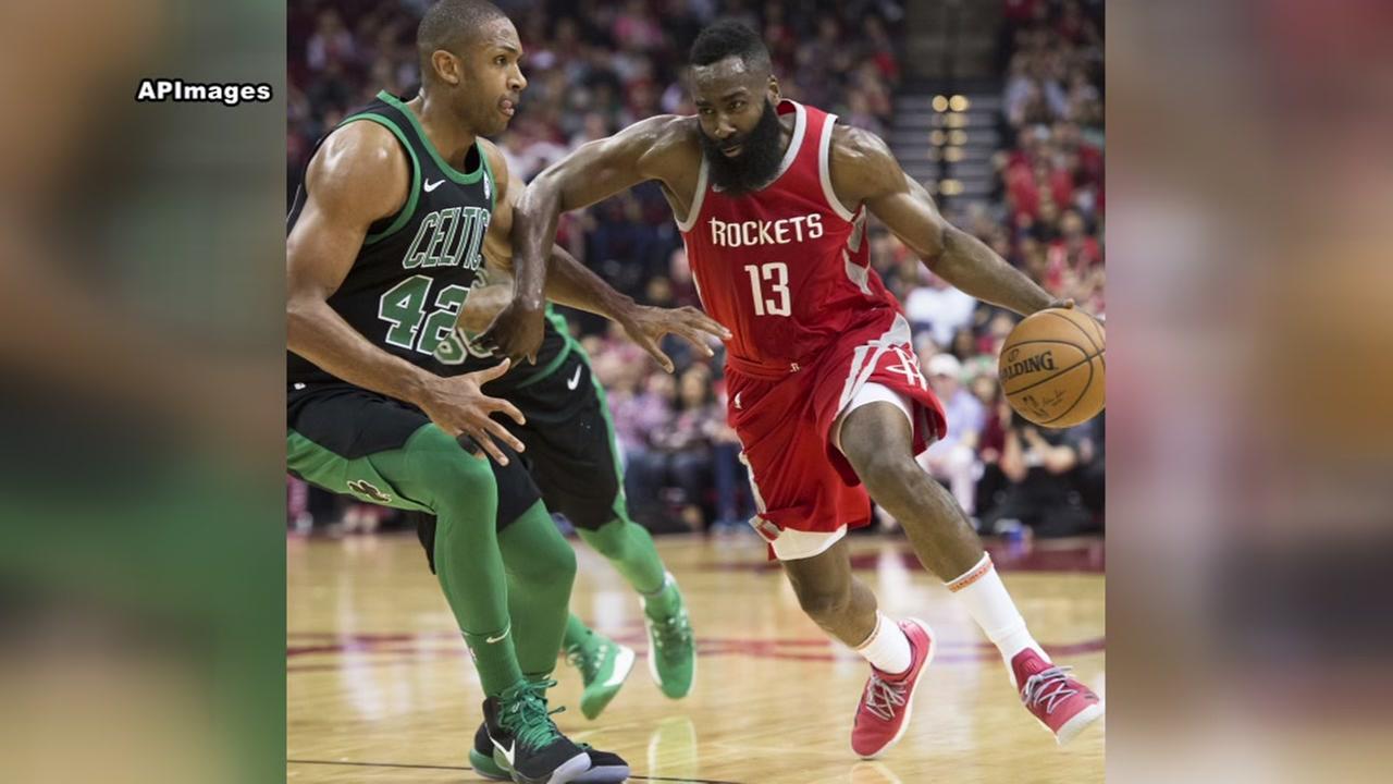 Rockets win 15 in a row