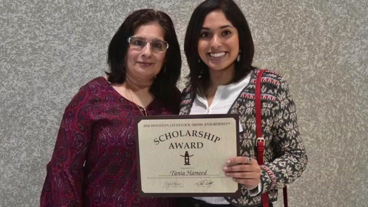 More than 750 kids wards scholarships during Rodeo