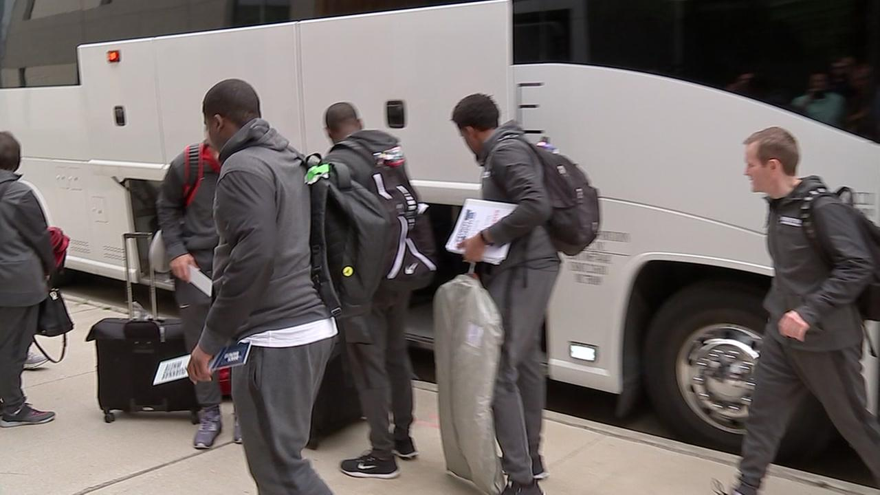 UHs basketball team returns to Houston after heartbreaking loss