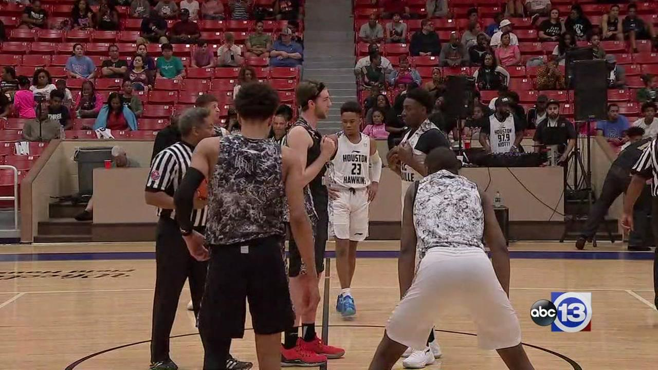 Watch the first quarter of the Showcase National Championship Game
